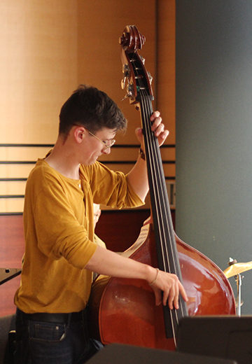 Double bass student